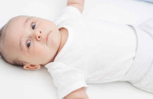 Kenali Gejala Bayi Tersedak dan Cara Menangani yang Tepat