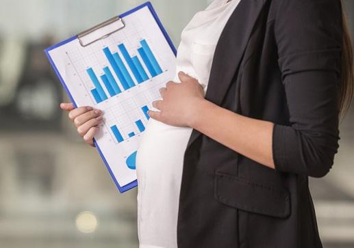 Tips Memilih Baju Kerja untuk Ibu Hamil